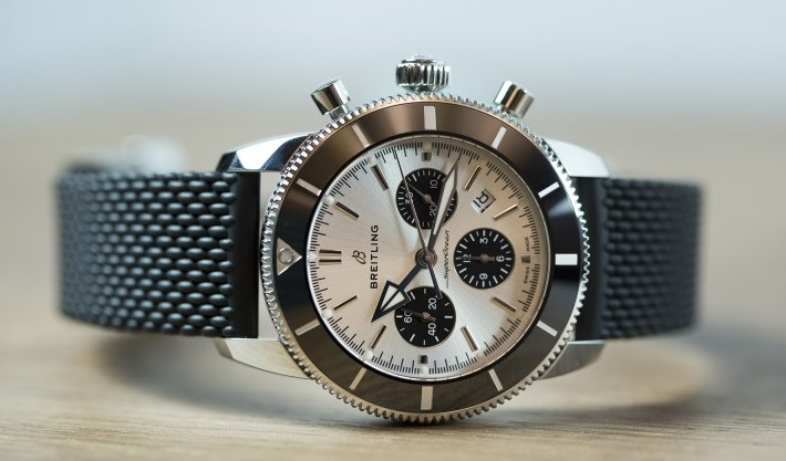 8 classic replica panda dial watches of Breitling Superocean Heritage II Chronograph